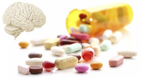 مرضى الضغط يأخذون الدواء 2028.jpg